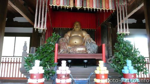 黄檗宗では布袋さんは弥勒菩薩の化身とされる